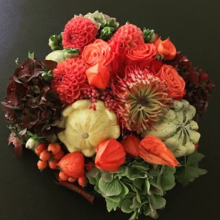 Fall autumn centerpiece idea for #myhomeforyou apartments. #travel #traveling #TFLers #vacation #visiting #instatravel #instago #instagood #trip #holiday #photooftheday #fun #travelling #tourism #tourist #instapassport #instatraveling #mytravelgram #travelgram #travelingram #igtravel #bedandbreakfast